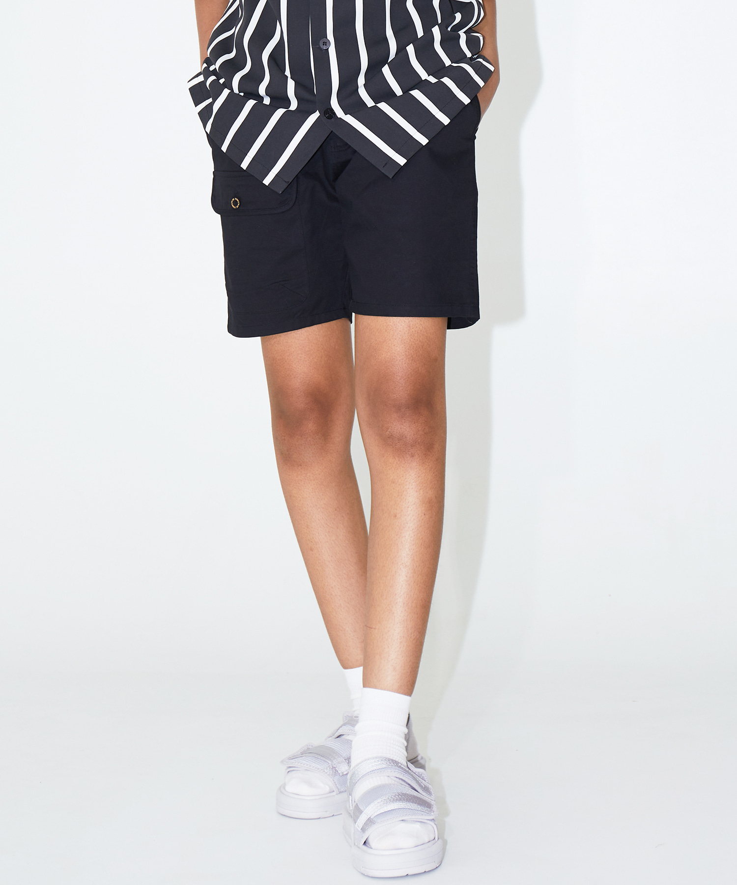 COLOR SHORTS – BLACK